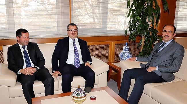 Azerbaycan Büyükelçisi'nden Altay'a Ziyaret