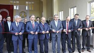 Otomotiv Teknolojileri Uygulama ve Araştırma Merkezi Açıldı