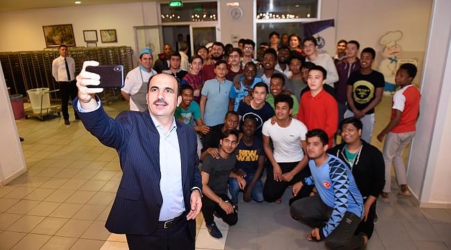 Altay, Öğrencilerle Sahur yaptı