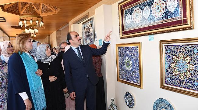 Altın Dokunuşlar' a 'Orta Asya'dan Anadolu'ya'teması