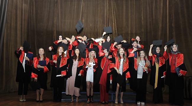 Sanat ve Tasarım da mezuniyet heyecanı