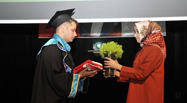SÜ Ziraat Fakültesi mezuniyet töreni yapıldı