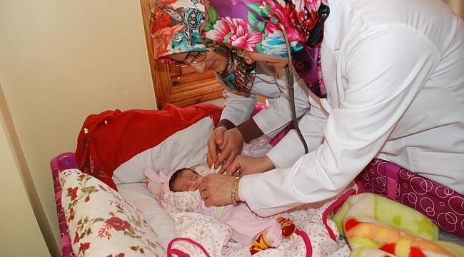 Yeni doğan bebeklerin ilk hediyesi Belediye'den