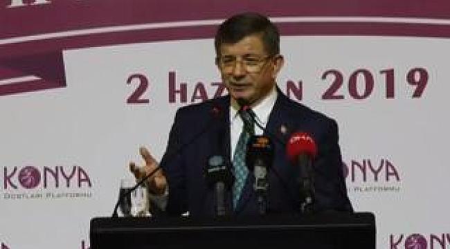Davutoğlu partisinden istifa etti