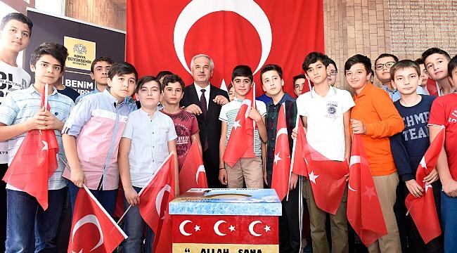 Öğrencilerinden Mehmetçiklere mektup
