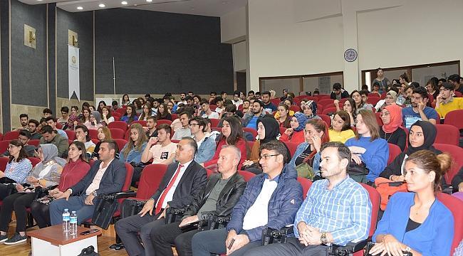 Güncel Gelişmeler Işığında Turizm Eğitimi konferansı