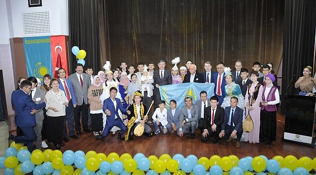 Kazakistan'ın Bağımsızlık yıldönümü kutlandı