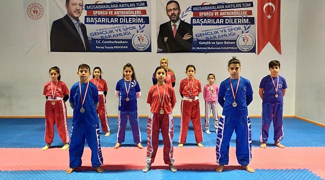Wushu'da 1 Altın, 3 Gümüş, 6 Bronz Madalya