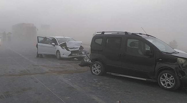 Kum fırtınası trafiği felç etti!
