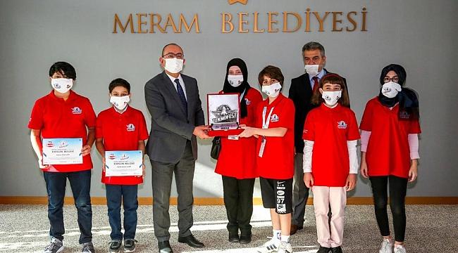 'Bilim Kurdu' başkan Kavuş'u ziyaret etti