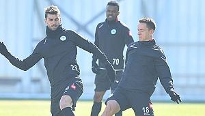 Konyaspor Antalyaspor'u bekliyor