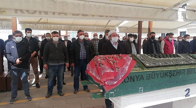 Gazeteci Kocaoğlu'nun annesi toprağa verildi