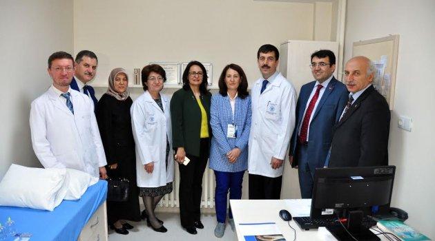 Geleneksel ve Tamamlayıcı Tıp Merkezi Açıldı