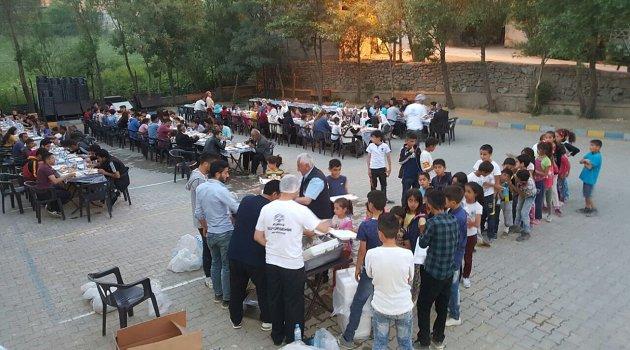 Hakkari ve Yüksekova'da Kardeşlik Sofraları