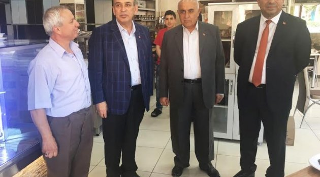 Karamercan'dan esnaflara Ramazan ziyaretleri