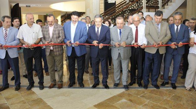 Selçuk'ta 15 Temmuz Demokrasi ve Şehitler Sergisi Açıldı