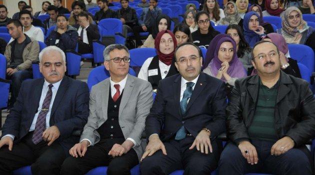 Selçuk'ta Adalet Ve Vicdan Konferansı