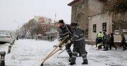 Kar ve Buzlanmaya Karşı çaılşmalar sürüyor