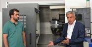 Türkiye'nin İlk 'CNC Besleme Robotu' Selçuk'ta Üretildi