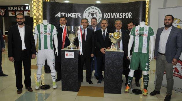 Türkiye'nin İki Büyük Kupası, Selçuk'ta Sergileniyor